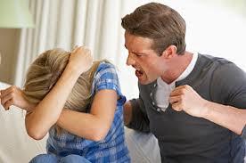 Девка унижает девчонку фото 601-831